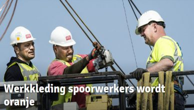 Workwear-track-workers