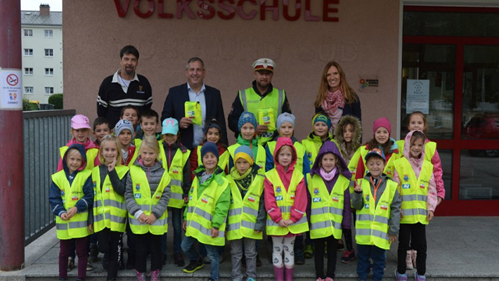 Safety-vests-for-school-beginners