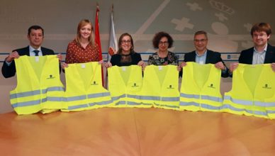 distribute-7400-reflective-vests
