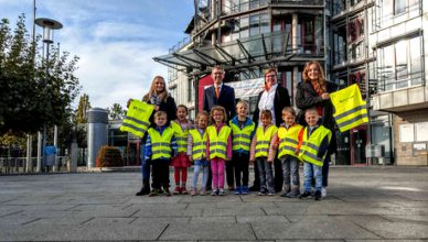 New-safety-vests-for-kindergartens